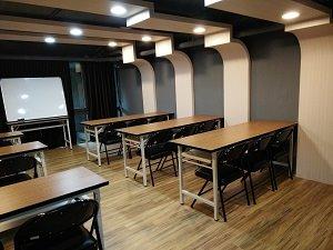 北市大同近捷運站可出租講座場地複合式咖啡店(頂讓)頂讓由www.ican168.com阿甘創業加盟網提供