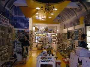 擺攤創業加盟電子市集--目標為華人擺攤業者打造一加盟創業及租售頂讓店的專業開店網站